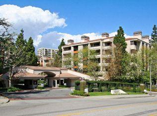 2132 Century Park Ln Apt 401, Los Angeles CA