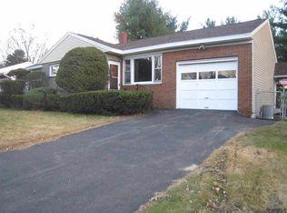 32 Wertman Ln , Albany NY