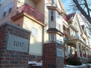 1037 Williamson St Unit 102, Madison WI