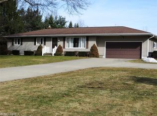 2603 Sandy Lake Rd , Ravenna OH