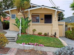 4701 Walnut St , Oakland CA