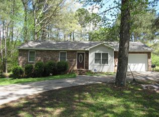 75 Hidden Pines Dr , Covington GA
