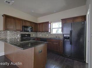 921 E 37th St , Austin TX