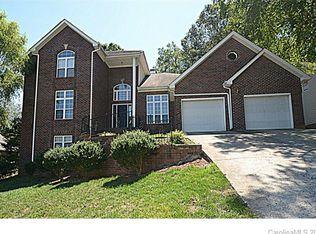 9111 Brocklehurst Ln , Charlotte NC