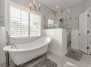 Traditional Master Bathroom With Clawfoot Bathtub Amp Penny