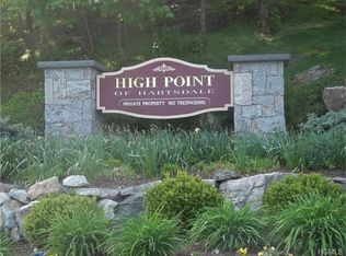100 High Point Dr Apt 514, Hartsdale NY