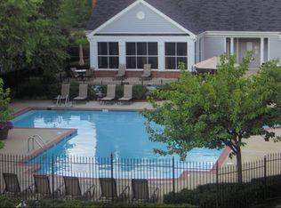 Incroyable Virginia · Herndon · 20171; Ashford Meadows Apartments