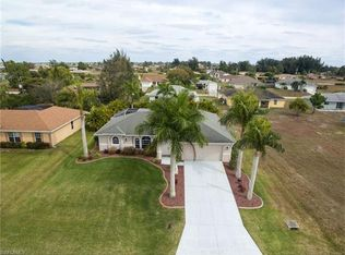 1813 NW 3rd Pl , Cape Coral FL