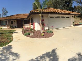 1610 Easter Pl , Escondido CA