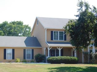 130 Heritage Farm Ln , Fayetteville GA