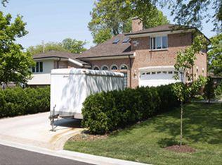 2952 Peachgate Ct , Glenview IL