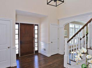 Living Room With Carpet Amp Columns In Basking Ridge Nj