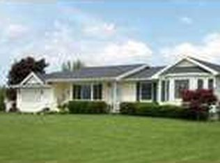 4161 Middle Rd , Canandaigua NY