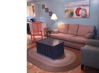 15 Francis St Apt 1, Old Orchard Beach ME