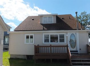 8056 Long Island Ct Ira Mi 48023 Zillow