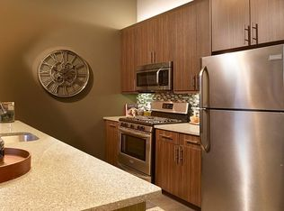 The Grove At One 92 Apartment Rentals Bloomfield Nj