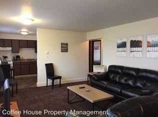 ... Riverview Apartments