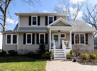 25 House Rd , Morristown NJ