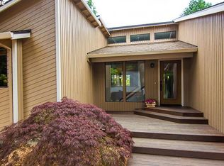 6522 SW Florence Ln , Portland OR
