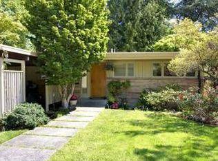 3646 Arapahoe Pl W , Seattle WA