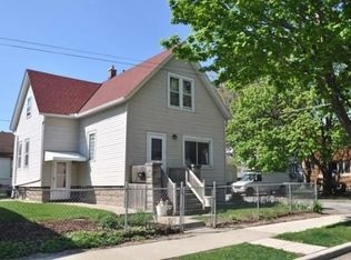 923 E Conway St , Milwaukee WI