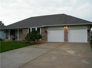 808 SW Hereford Dr , Grain Valley MO