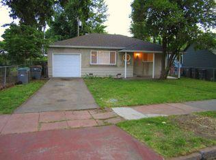 11 Circle St , West Sacramento CA