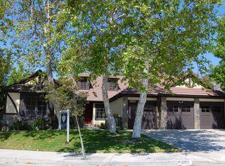10711 Cozycroft Ave , Chatsworth CA