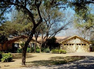 9800 Lonsdale Dr , Austin TX