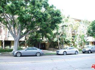 1242 S Barrington Ave Apt 204, Los Angeles CA