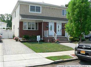 130 Kennington St , Staten Island NY