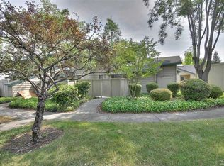 304 Woodlake Dr , Santa Rosa CA