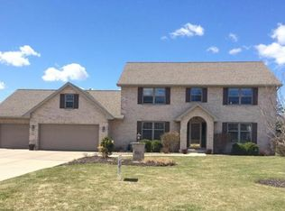 2244 Warm Springs Ct , Green Bay WI