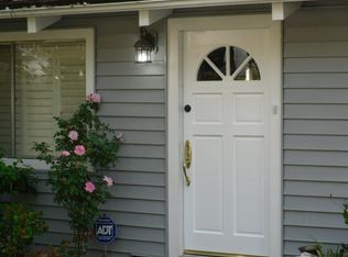4854 Regalo Rd , Woodland Hills CA