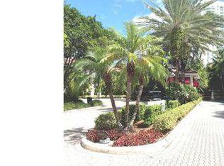 3245 NE 184th St Apt 13207, Miami FL