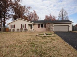 3002 Clifton Ct , Marion IL
