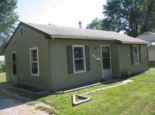 4933 Edgehill Dr , Kansas City KS