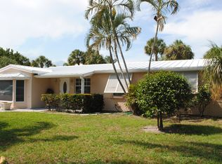 2367 Idlewild Rd , Palm Beach Gardens FL