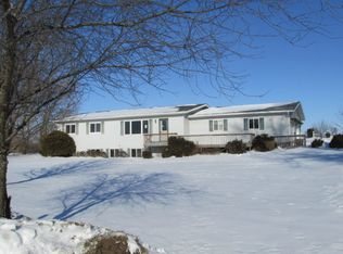 18169 183rd St , Manchester IA