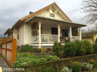 9317 N Ivanhoe St , Portland OR