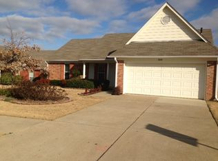 8068 Park Pike Dr , Southaven MS