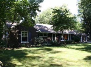 6380 Sunningdale Dr , Bloomfield Hills MI