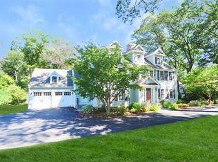 72 White Oak Rd , Wellesley MA