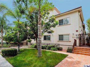 715 E Angeleno Ave Unit 102, Burbank CA