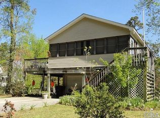 46 Old Church Rd , Wanchese NC