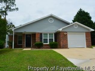2312 Spindle Tree Dr , Fayetteville NC