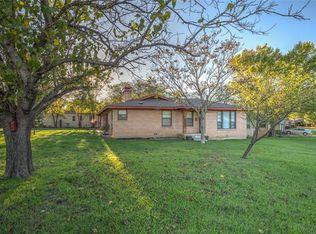 5924 Tourist Dr , North Richland Hills TX