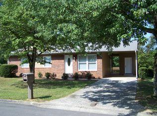 216 Woodpark Dr , Dalton GA