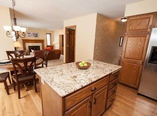 1950 Whitetail Ridge Ct, Excelsior, MN 55331 | Zillow