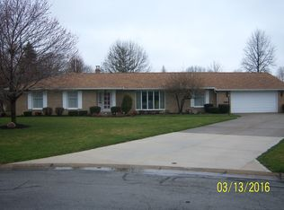 636 Elizabeth Ct , Sidney OH